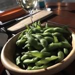 アール・リバーサイドグリル&ビアガーデン - そのまま食べられるのは枝豆のみ