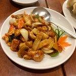 金春本館2号店 - 鶏肉カシューナッツ炒め
