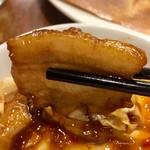 金春本館2号店 - 回鍋肉の豚バラ