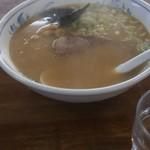 ラーメン青龍 - まだ、麺は食べてませんょ