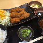 食彩処 百花 - 料理写真:日替わりメニューのマグロ一口カツ定食700円税込