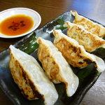 蔵亭  - 餃子