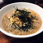 とらじ - 料理写真:冷麺です