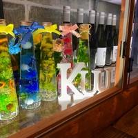 Kuu - 店内のショーケース