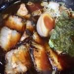 陣屋 - 料理写真:醤油焼豚ラーメン