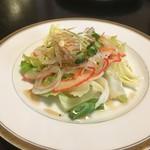 寿司割烹 魚徳 - ベーコンのサラダ