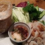 マンゴツリーカフェ - イーサン蒸し魚