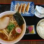 ゑびすや食堂 - 料理写真:らーめんセット@850