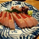日本酒 弘大 - キンメ鯛あぶり造り♪ 予想以上に皮の脂が香ばしくて美味しかった!