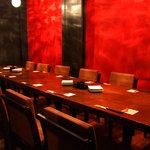 炭火焼き&ワイン 情熱屋 - 2階・10~12名様個室。