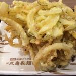 丸亀製麺 - 野菜かき揚げ