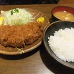 75054838 - ロースカツ定食(1,900円)