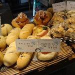 ティーズ - 天然酵母パン1