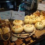 ティーズ - 天然酵母パン2