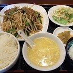 麗人飯店 - レバーニラ炒め定食