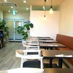 カフェ食堂ハイダウェイ -