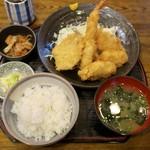 ふじた - 料理写真:「フライ盛り合わせ定食」(1026円)
