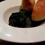 シャティバ - イカの墨煮