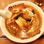 太陽のトマト麺  - エビクリームトマト麺 890円