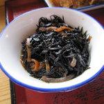 町田木曽食堂 - ひじき煮 105円