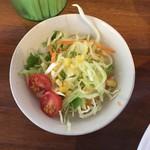 ラーメン 雅 - セットのサラダ