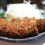 豚珍館 - とんかつ定食