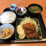 和の菜彩 さとう - カキフライと豚汁定食(1500円)