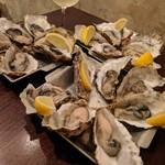 魚介ビストロ sasaya - 牡蠣だらけ〜追加する前20個