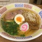 餃子 のぶ - ラーメン(550円)