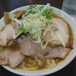 手打ち麺処 暁天 - チャーシュー麺