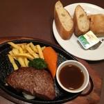 ステーキハウス松木 - +380円(+税)でパンorライス、スープ、ドリンクのセット