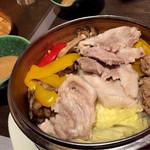 まりも亭 - 黒豚と季節野菜のせいろ蒸し