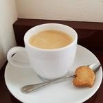75083743 - ホットコーヒー(350円)です。