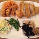 木曽路 - トンカツと惣菜