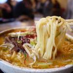 手作り麺 めん僮楽 - 麺アップ