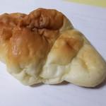 75090662 - 塩パン(プレーン)