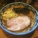 兎に角 - ラーメン普通780円