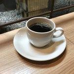 75091614 - ランチのお代わり無料のコーヒー。