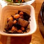 黒糖茶房 - ひじきの煮物。