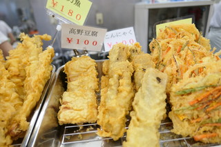 讃岐うどん 上原屋本店 - 高野豆腐とこんにゃくが珍しい