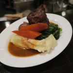 ビスポーク - 牛バラ肉の赤ワイン煮1