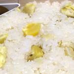 竹風堂 - 固めに炊いたもち米とほっこり甘い栗が秀逸なり