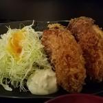 赤坂元気(仮) - ミックスの鶏唐揚げ+牡蛎フライ2個づつ