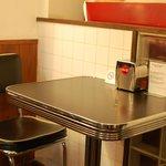 エーエス クラシックス ダイナー - テーブル席