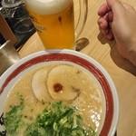 暖暮 - 料理写真:ラーメンと生ビール