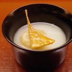 75103209 - 小吸物:蓮根饅頭、バチコ、加賀太胡瓜のすり流し