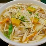 得得 - イベリコと野菜いっぱいうどん(2玉)