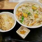 得得 - イベリコ豚の野菜いっぱいうどんセット(ミニ天とじ丼)