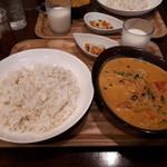 カピ - トマトクリームスープカレー(レギュラー)