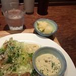 いっかく食堂 - 奥の小皿に大根のフリット・・これが一番気に入った